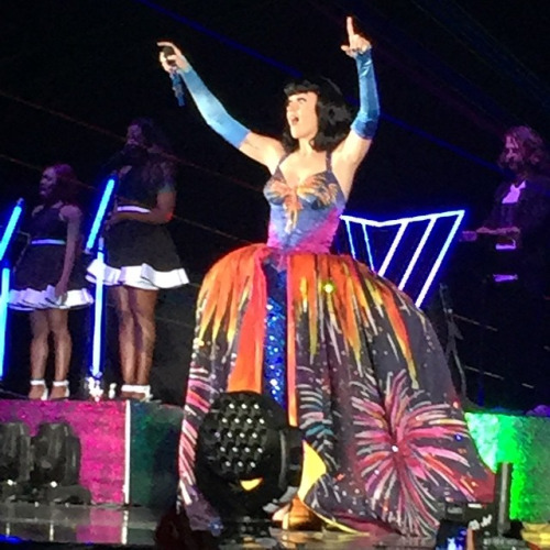 Final dress when singing the encore – Firework. Thank you Katy for a wonderful evening!