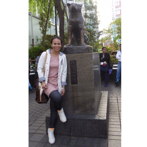 Posing with Hachiko, the amazing dog that teaches human loyalty, love, compassion and friendship.