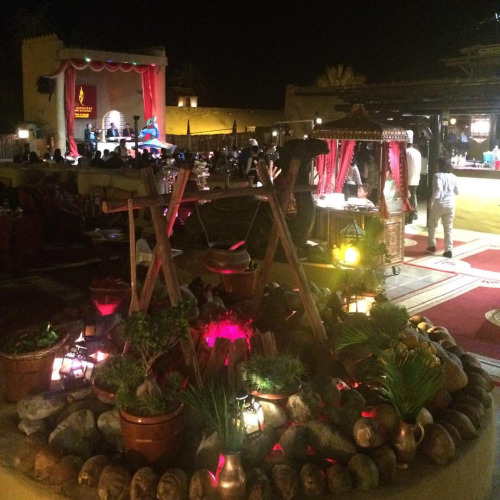 Dinner in the middle of the desert. Good food with perfect weather. A must-try restaurant to visit in Dubai.