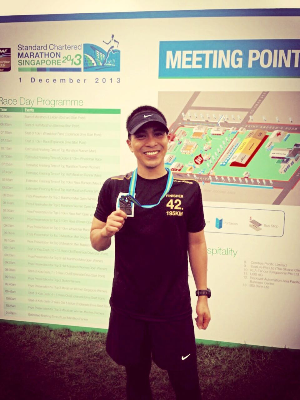 Singapore 2013. My first full marathon ever!