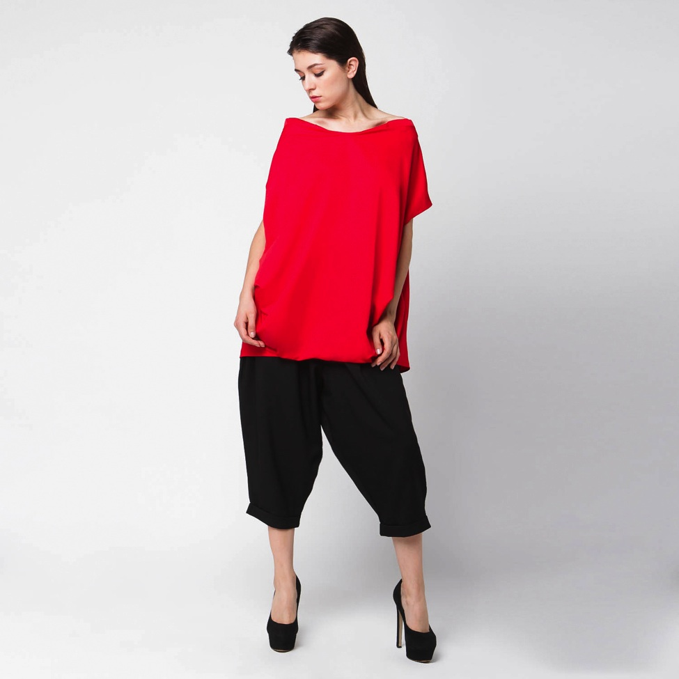 Boxy shirt with baggy pants. Get it here.