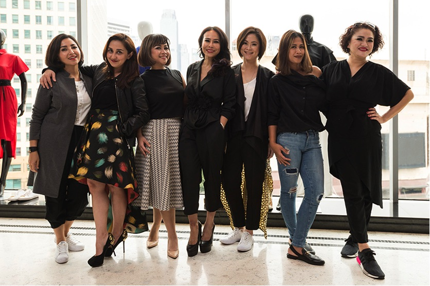 My #GirlBoss squad hosts wearing black ReeIndonesia.com collections. BBF: Beauty, Brain and Fabulous. Thank you for the love and supports, my girls. ❤❤