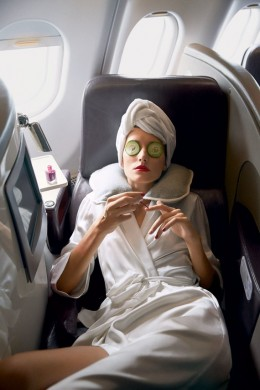 8 Tips Terbang Economy Rasa Business Class